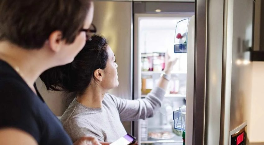 Top 4 Signs Which Indicate That Your Fridge Needs To Be Replaced