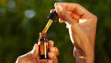CBD OIL:USES, DOSAGE AND SIDE EFFECTS.